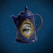 Sacre blue tea pot